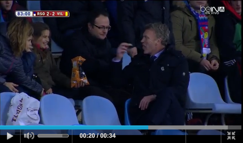 Illustration for article titled David Moyes Hops Into Stands, Enjoys Some Chips After Being Red Carded