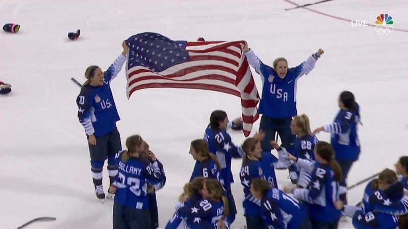 America s Lamoureux Twins Take Down The Canadian Hockey Dynasty 57497685013
