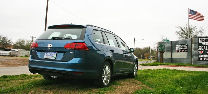 Illustration for article titled 2015 VW Golf SportWagen: The Diesel Manual Wagon Is Alive In America!