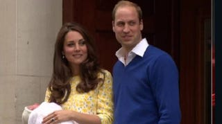 Illustration for article titled Will and Kate Make Brief Appearance With New Baby Girl