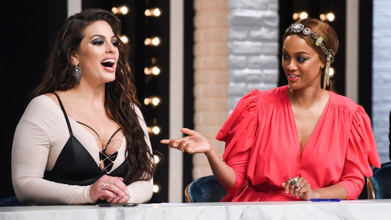 Ashley Graham (left) and Tyra Banks on America's Next Top Model (Photo: VH1)