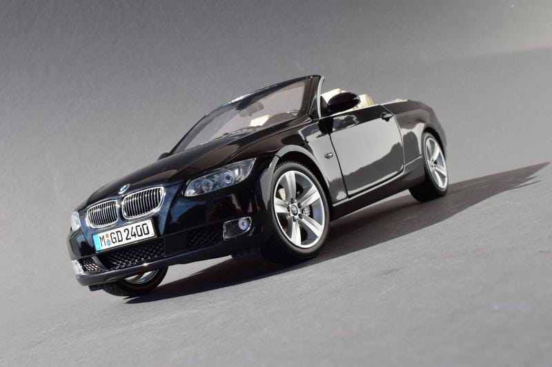 Illustration for article titled Working Top Wednesday: Kyosho BMW 3-Series