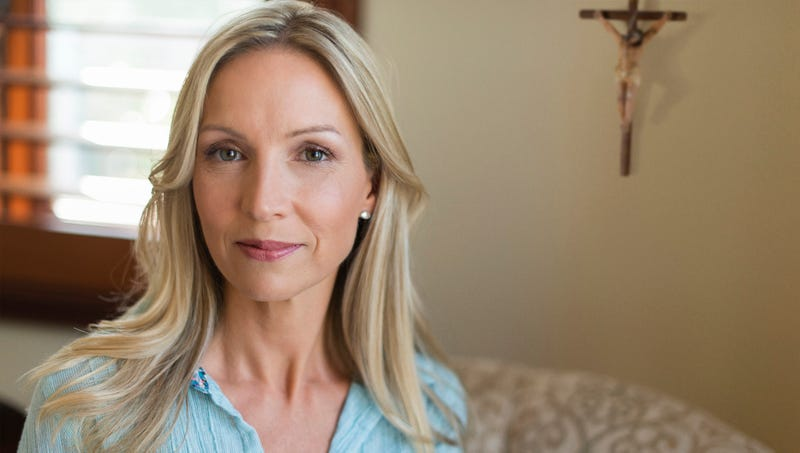 Christmas-Obsessed Woman Worships Christ Year-Round