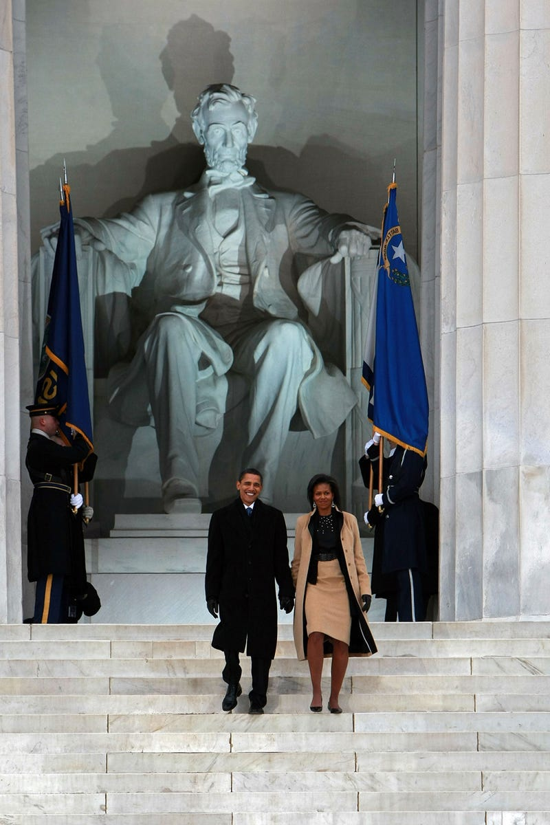 Illustration for article titled Barack & Michelle Obama Take It One Step At A Time