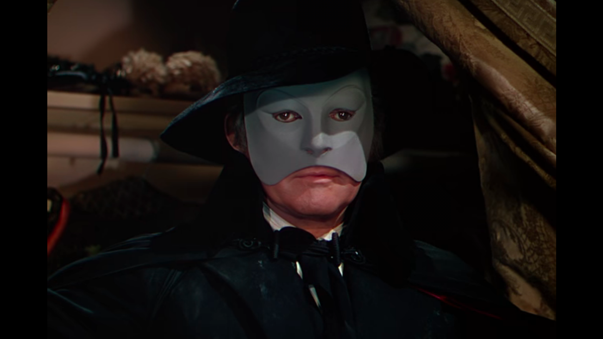 You Have GOT to Watch This 1943 Version of The Phantom of the Opera