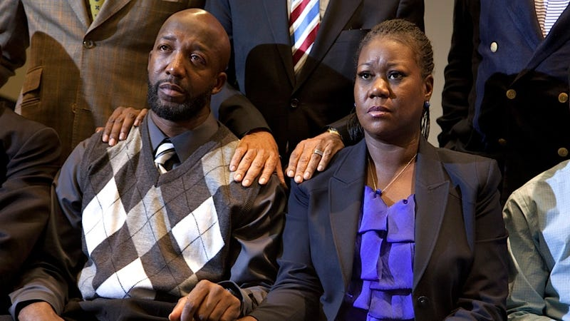 Illustration for article titled Trayvon Martin's Parents Settle Wrongful Death Claim with Florida Subdivision
