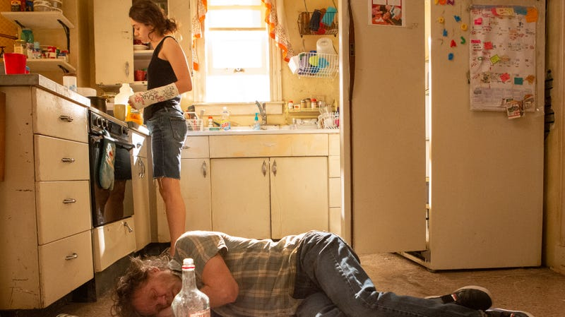 Illustration for article titled Shameless returns with a reminder why we weren't that sad when it went on hiatus
