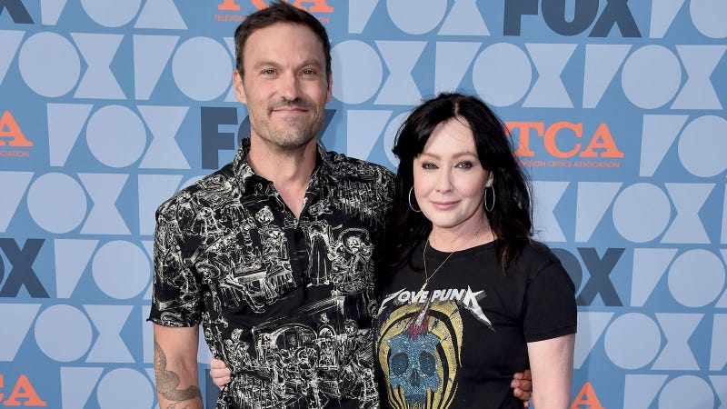 Shannen Doherty Talks About 90210 Feuds, Fights Amid Reboot