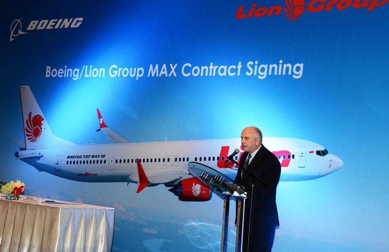 United States Ambassador to Indonesia Joseph R. Donovan Jr. speaks on partnership between Boeing and Lion Air on 10 April 2018.