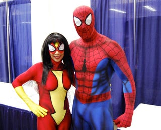 Illustration for article titled How Would Spider-Man And Spider-Woman Get Naked?