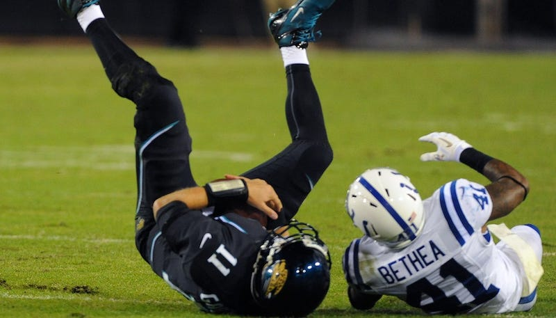 Illustration for article titled Last Night Reminded The World That Blaine Gabbert Is Hopeless And Chad Henne Isn't