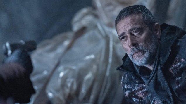 The Walking Dead s Jeffrey Dean Morgan Explains Last Night s  Twist