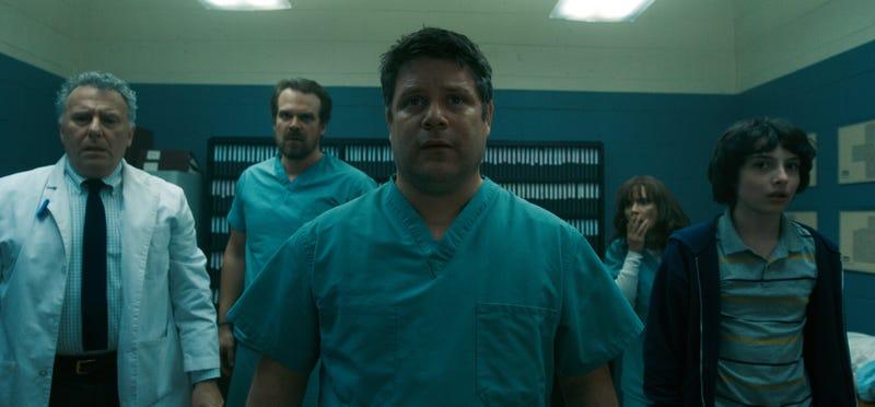 Paul Reiser, David Harbour, Sean Astin, Winona Ryder, Finn Wolfhard (Photo: Netflix)