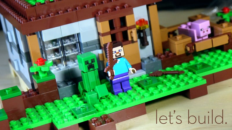 Illustration for article titled Building LEGO Minecraft Is Much More Fun At Minifig-Scale