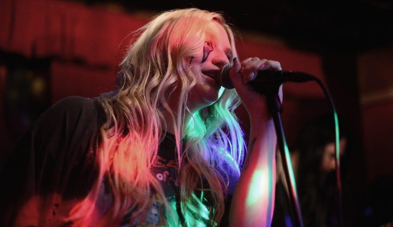 Illustration for article titled Kesha's Mom Speaks In New BillboardInterview: 'She Was a Prisoner'