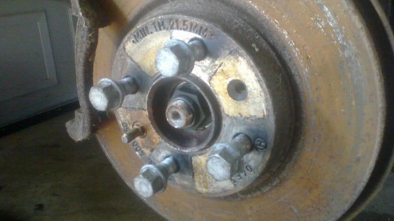 Illustration for article titled Would you swap these lug bolts for lug studs?