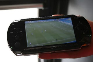 Illustration for article titled Sony Allows You to Watch the Arsenal Game, While at the Game
