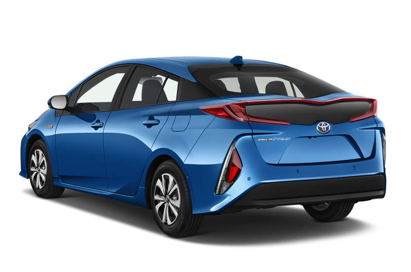 Toyota Prius 2017 отзывы
