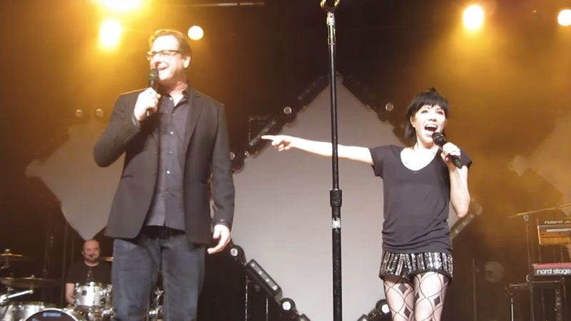 Illustration for article titled At long last, Bob Saget and Carly Rae Jepsen appear on stage together