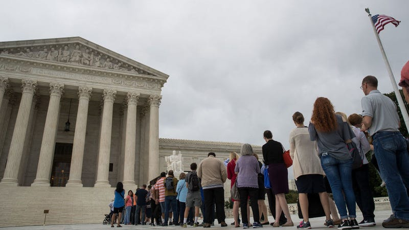 Microsoft and Justice Department Will Square Off in Supreme Court Over Critical Privacy Case