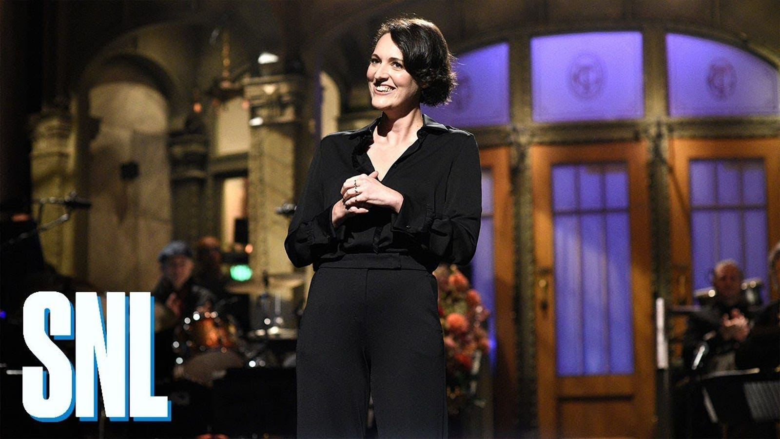 Saturday Night Live can't quite squander Fleabag's Phoebe Waller-Bridge, but it tries