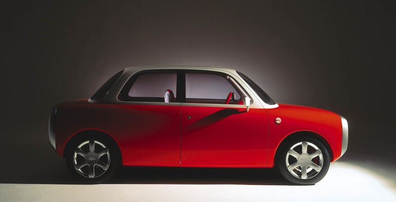 Ford's 021c Concept from 1999, designed by Marc Newson—who now works for Apple