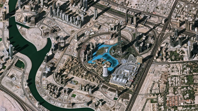 Illustration for article titled This Satellite Image Makes Dubai Look Like a Toy Town