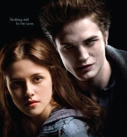 Illustration for article titled Get Your Pre-Teen Vampire Twilight Tickets Now, Plus Sexy New Clips