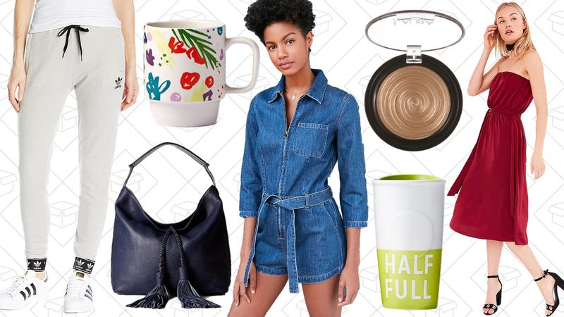 Illustration for article titled Today's Best Lifestyle Deals: Handbags, Activewear, Starbucks, Urban Outfitters, and More