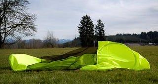 Illustration for article titled Jacket + Tent + Sleeping Bag = JakPak
