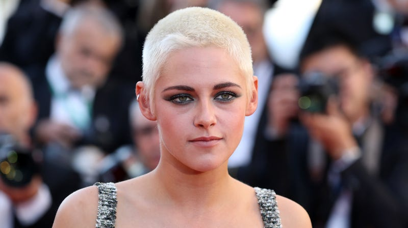 Illustration for article titled Kristen Stewart Says Hollywood Fails At Showing Women As Sexual Beings