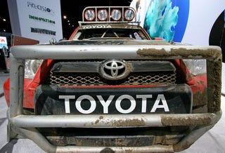 Illustration for article titled Dirty Love: The Baja 1000 Toyota 4Runner