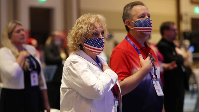 Today in metaphors: CPAC singer loudly, confidently butchers national anthem