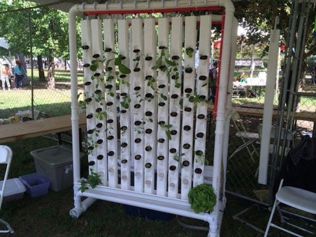A Robotic Vertical Garden You Can Build With Hardware