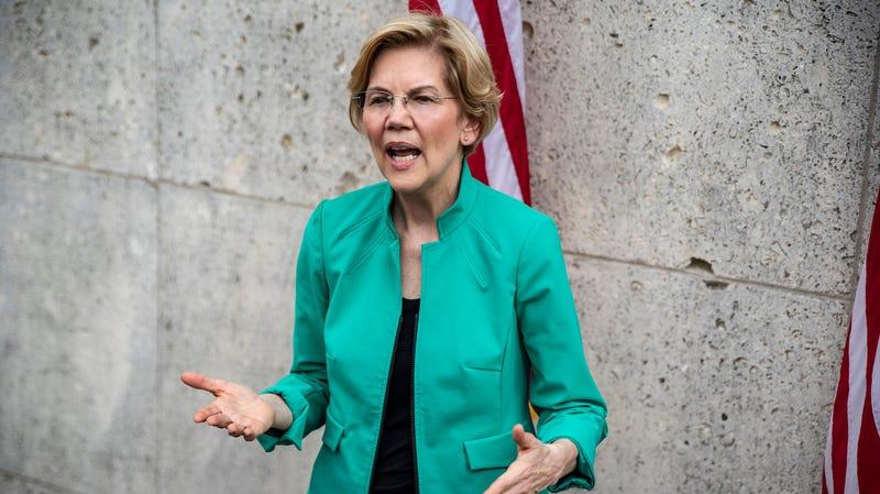 Elizabeth Warren Rolls Out Proposal to Reduce Maternal Mortality