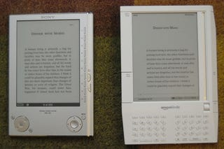 Illustration for article titled Amazon Kindle vs. Sony Reader: Sizemodo and Interface Comparison (Gallery)