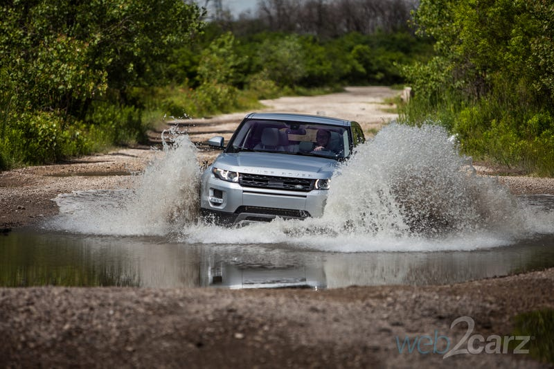 Illustration for article titled The Range Rover Evoque Isn't Just a Mall-Crawler