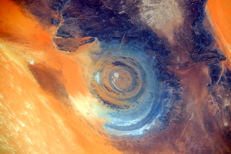Eye of Sahara, Sahara desert