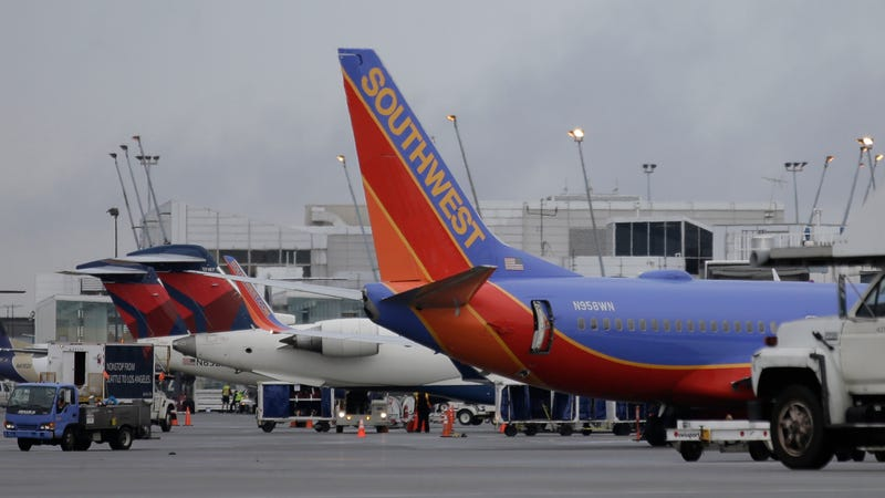 Note 7 Southwest Airlines Incident: Smoke From Replacement Device Prompts FAA Investigation