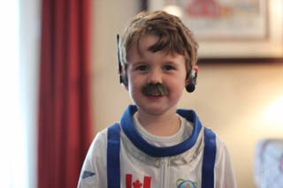 Illustration for article titled Kids Dressed Up As Chris Hadfield For Halloween