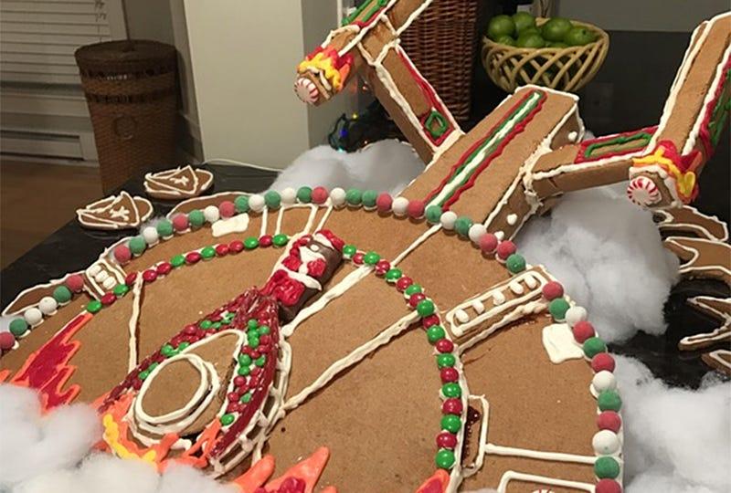 Illustration for article titled Crashed Enterprise Is a Gingerbread Masterpiece