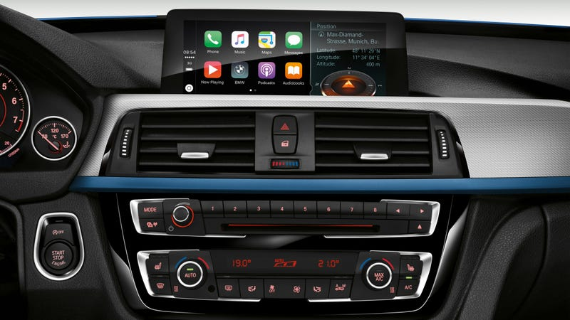 Illustration for article titled BMW Wants You to Pay an Annual Fee to Access Apple CarPlay