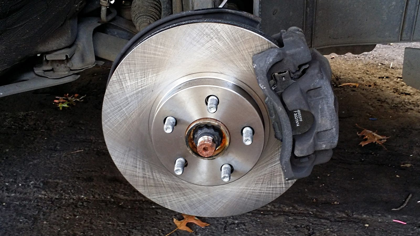 How to remove the brake disc 19