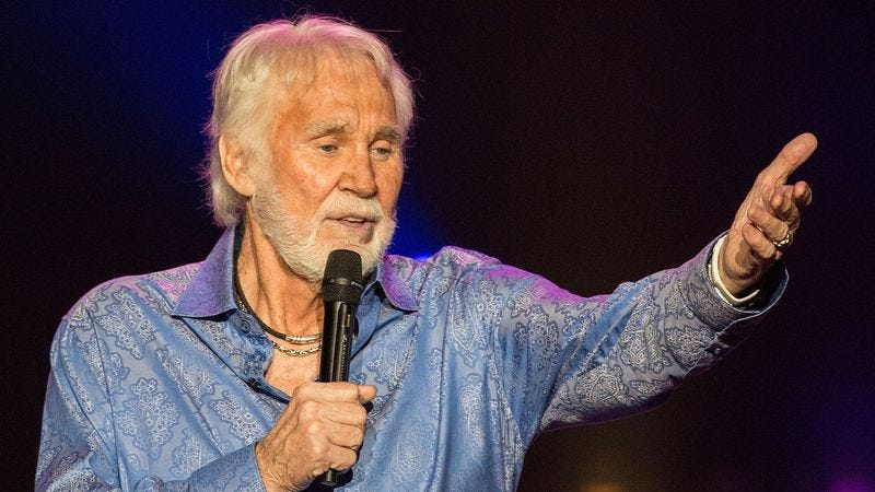 Kenny Rogers at a show earlier this summer. (Photo: Getty Images)