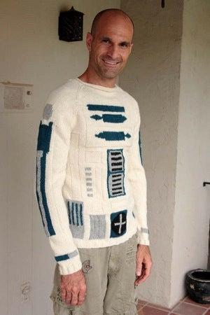 Illustration for article titled Astromech Tops Argyle as This Season's Must-Have Holiday Sweater