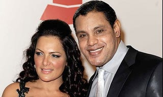Illustration for article titled Sammy Sosa Re-emerges As Shiny-Suited Latino Zombie