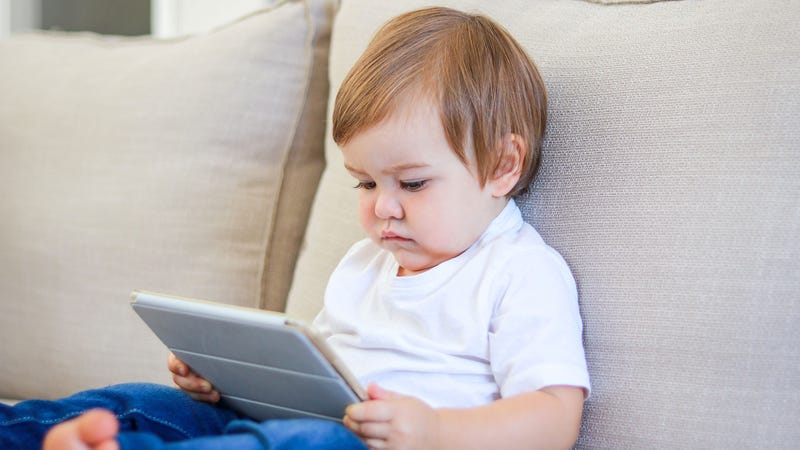 Illustration for article titled Parenting Experts Warn Screen Time Greatly Increases Risk Of Child Becoming An Influencer