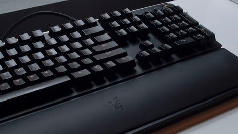 Razer Huntsman Elite Review: These Unique Switches Are Amazing