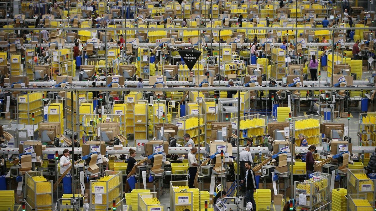gizmodo.com - Michael Sainato - The Ruthless Reality of Amazon's One-Day Shipping
