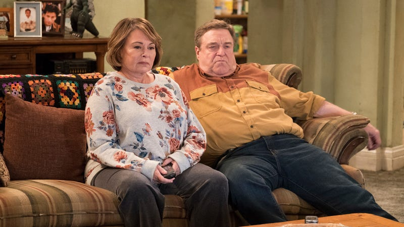 Illustration for article titled ABC takes one look atRoseanne'sratings, renews revival for another season